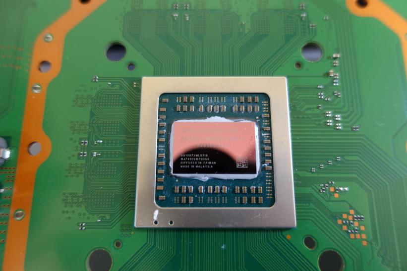 PS4 Proのグリス掃除画像